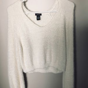 Fuzzy white crop top sweater